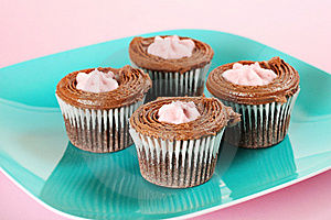 Raspberry Filled Chocolate Cupcakes Upclose Royalty Free Stock Photo - Image: 15225985