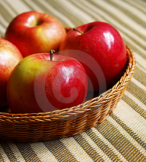 Red Apples In The Basket Stock Image - Image: 15230991