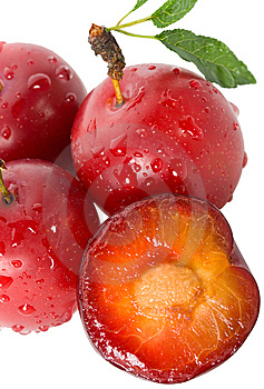 Wet Ripe Plums Royalty Free Stock Photo - Image: 15234145