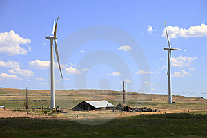 Wind Turbines In A Farmfield. Royalty Free Stock Images - Image: 15271809
