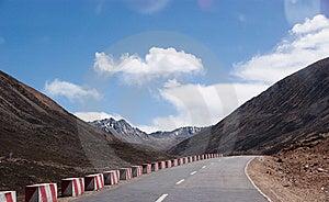 Tibet Landscape Stock Photos - Image: 15273153