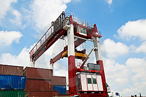 Crane & Cargo Containers Royalty Free Stock Photo - Image: 15274815
