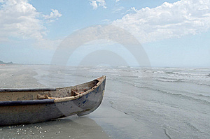 Vintage Wooden Fisherman Boat Royalty Free Stock Images - Image: 15286779