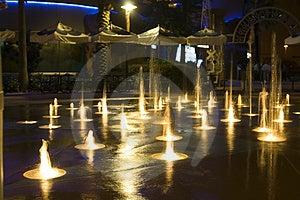 Mini Fontanny Wody Mrozu Akcja Zdjęcia Royalty Free - Obraz: 1537048