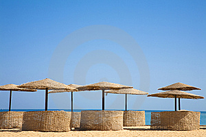 Palm Beach Umbrellas On A Tropical Island Summer R Stock Photography - Image: 15328622