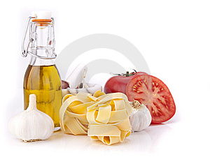 Tomato, Garlic,pasta And Olive Oil Stock Images - Image: 15343514