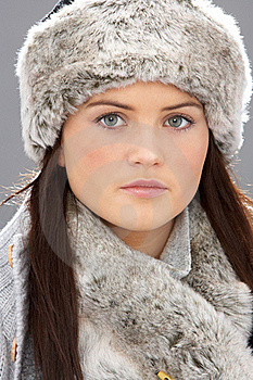 Young Woman Wearing Fur Hat And Wrap Royalty Free Stock Photos - Image: 15370398