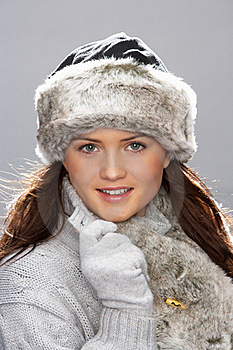 Young Woman Wearing Fur Hat And Wrap Royalty Free Stock Images - Image: 15370649