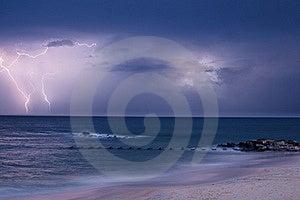 Lightning Strike Royalty Free Stock Photos - Image: 15373788
