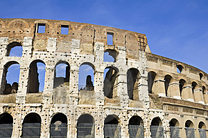 Coliseum Royalty Free Stock Images - Image: 15389079
