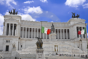 Monument Of Victor Emmanuel II Royalty Free Stock Images - Image: 15389089
