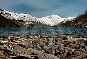 Clear Water Lake In Front Of A Snowy Mountain Royalty Free Stock Images - Image: 15399359