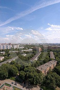 Birdseye现代市视图。 夏天 免版税库存图片 - 图片: 1549136