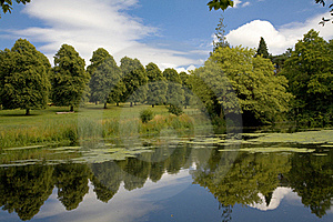 Lake And Gardens At Forde Abbey, Dorset Stock Image - Image: 15436961
