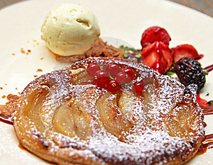 Apple Pie With Ice Cream And Berries Stock Photography - Image: 15453352