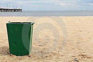 Bin Garbage At Beach Stock Images - Image: 15455144