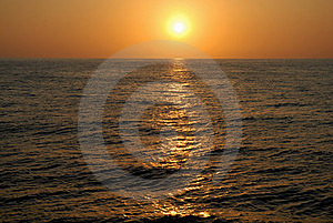 Decline At Ocean Royalty Free Stock Photo - Image: 15468065