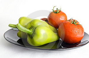 Peppers And Tomatoes Royalty Free Stock Image - Image: 15478036