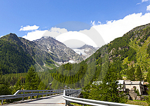Mountains Stock Images - Image: 15492534
