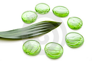 Glass Stones With Leaf Royalty Free Stock Photo - Image: 15497525