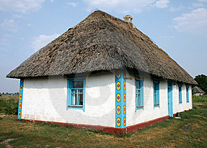 Ukrainian Traditional Rural House Royalty Free Stock Image - Image: 15539416