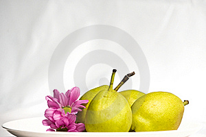 Green Pear And Flower Royalty Free Stock Photography - Image: 15549347