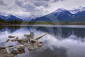 HDR Vermilion Lakes Royalty Free Stock Photos - Image: 15612798