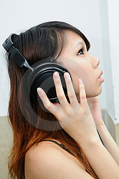 Music Girl Royalty Free Stock Images - Image: 15636939