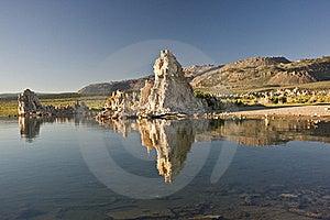 Mono Lake Reflections Royalty Free Stock Images - Image: 15640469