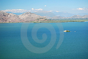 Gorgeous Picturesque Scene Of Lake Skadar In Monte Stock Photo - Image: 15671250