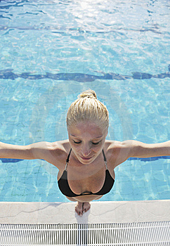 Woman Relax On Swimming Pool Stock Photography - Image: 15687902