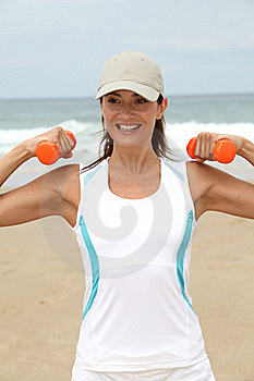 Fitness Exercises On The Beach Royalty Free Stock Images - Image: 15705719