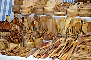 Wooden Kitchen Utensils Royalty Free Stock Images - Image: 15708669
