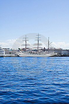 Yacht On The Water Royalty Free Stock Images - Image: 15771309