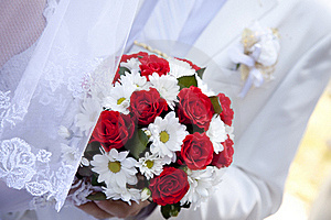Bride Holding Beautiful Red Roses Wedding  Bouquet Royalty Free Stock Image - Image: 15824766