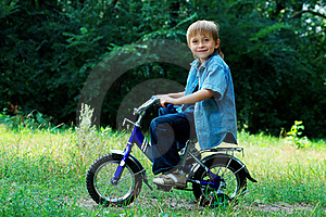 Cycling Boy Royalty Free Stock Photos - Image: 15826088