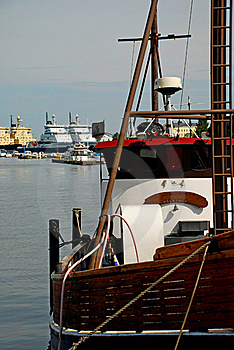 Fisher Boat At Helsinki Waterfront Stock Images - Image: 15850224