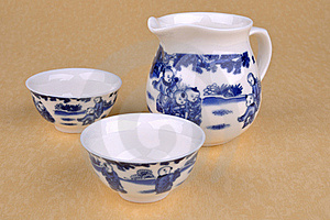 Reeks Chinese Blauwe Het Schilderen Theewaren Royalty-vrije Stock Foto's - Beeld: 15904948