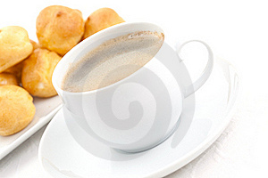 Coffee And Cream Puff Royalty Free Stock Images - Image: 15932179