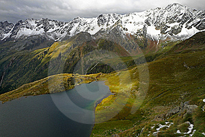 Black Lake Royalty Free Stock Images - Image: 15932799
