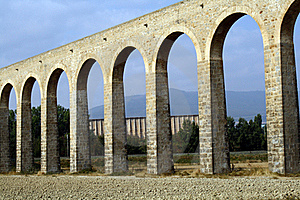 Noain's Roman Aqueduct, Navarre, Spain. Stock Photos - Image: 15948053
