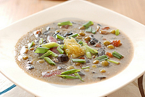 Mushroom Soup With Garlic And Onion Stock Image - Image: 15973421