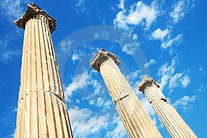 Hadrian Tempelkalkon För Ephesus Fotografering för Bildbyråer - Bild: 15976411
