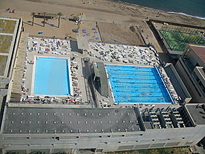 Pool And Sea Royalty Free Stock Photography - Image: 15976717