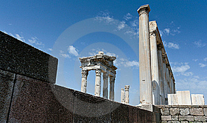 Antique Ruins In Ephesus Royalty Free Stock Image - Image: 15977516