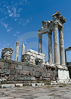 Antique Ruins In Ephesus Stock Photo - Image: 15977550