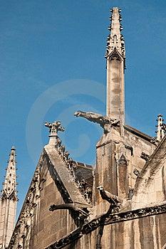 Detalhe Exterior De Igreja Do St. Severin Em Paris Imagens de Stock - Imagem: 15988654