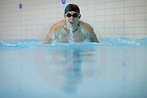 Swimmer Doing Butterfly Stroke Royalty Free Stock Photo - Image: 15996065