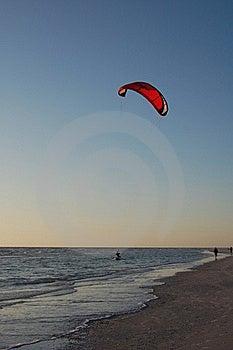 Parasailer Image stock - Image: 15997291