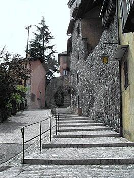 Gränd och trappa Arkivbild